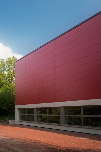 Foto: Sporthalle Schulzentrum, Fassade Trespa