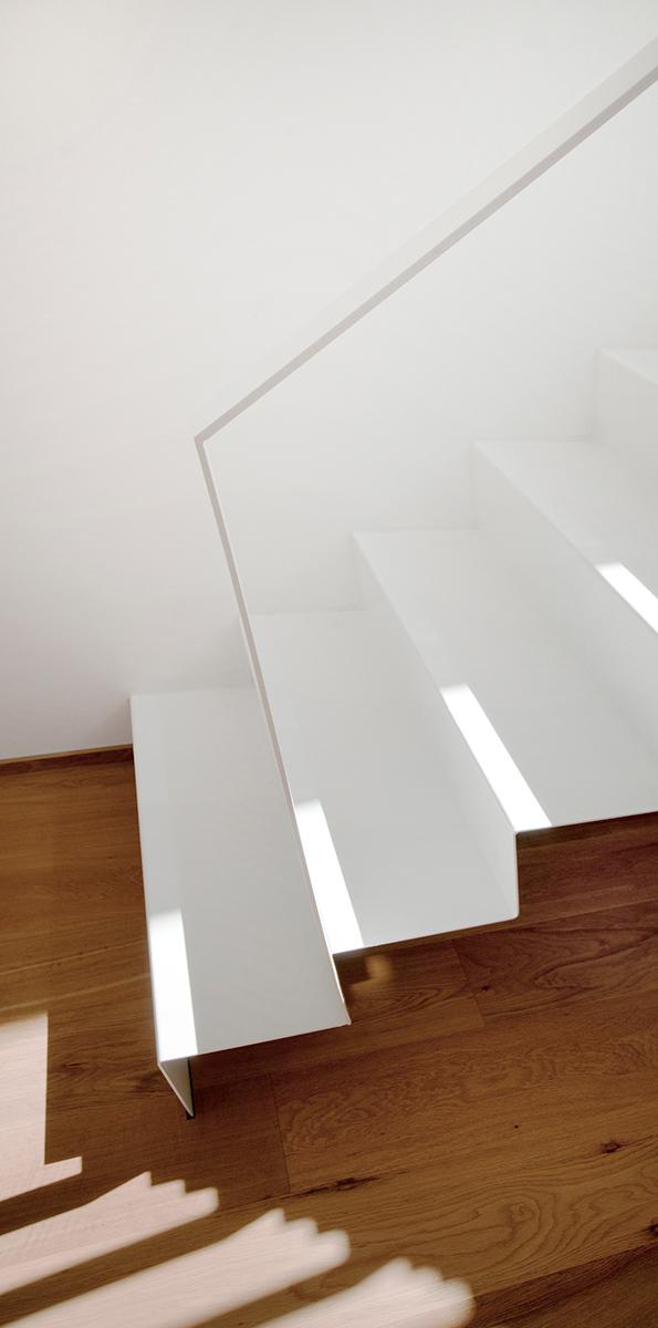 Foto: Innentreppe aus gekantetem Stahlblech